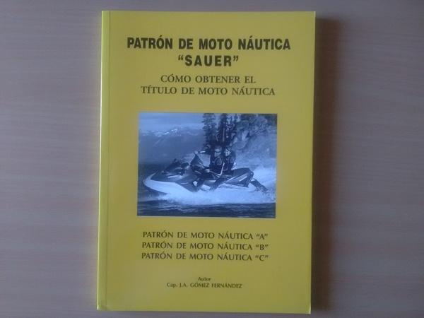 Patrón de moto náutica