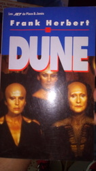 Dune. Frank Herbert