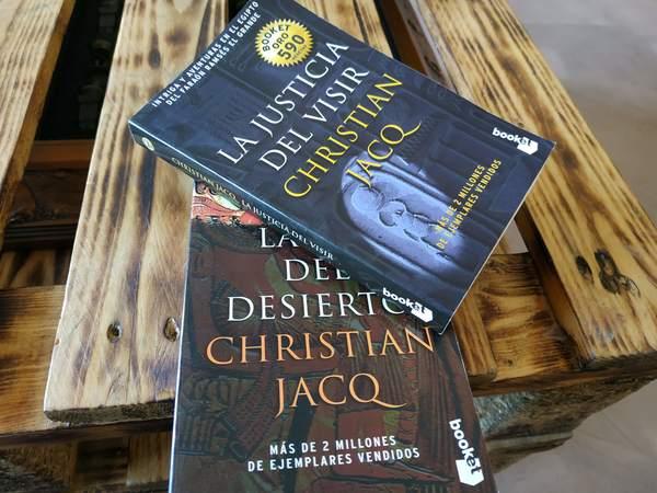 """""""La Justicia del visir"""" y""""La ley del desierto"""""""
