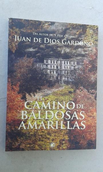EL CAMINO DE LAS BALDOSAS AMARILLAS