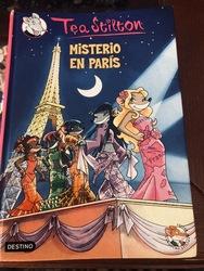 Misterio en Paris y un superratonico dia....