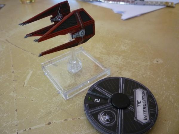 Interceptor Rojo y dial